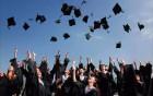 应届高校毕业生办理网上报到延迟至11月30日