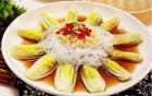蒜蓉粉丝娃娃菜:虽说是素菜,但比肉好吃,直接把菜当饭吃都可以