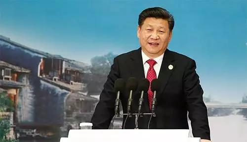 △2015年12月16日,第二届世界互联网大会在浙江省乌镇开幕。国家主席习近平出席开幕式并发表主旨演讲。