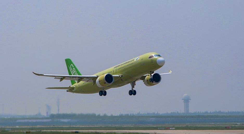 ▲2019年8月30日,C919大型客机104架机顺利转场山东东营(中国商飞官网)