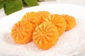 爱吃南瓜饼的要收藏,外酥里嫩,香甜又软糯,饭桌上必备!