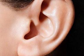 适量使用耳机  降低耳力损害风险