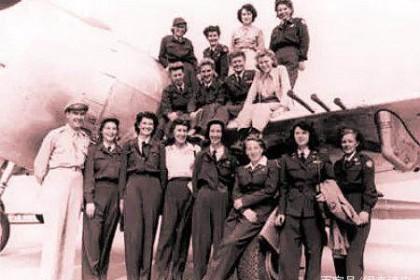 首位华裔女飞行员,她为美军工作不幸殉职,异国下葬竟遭墓园拒收