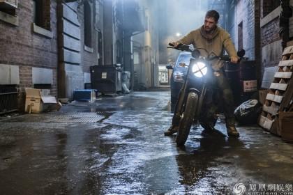 《毒液》引领11月观影潮流 票房突破9亿成漫威最佳!