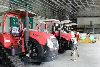 完善农机服务网络 助力农业现代化发展