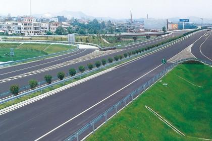 开阳高速改扩建工程进入最后冲刺阶段