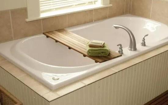 小户型也能花式泡澡 教你3㎡的卫生间霸气装浴缸