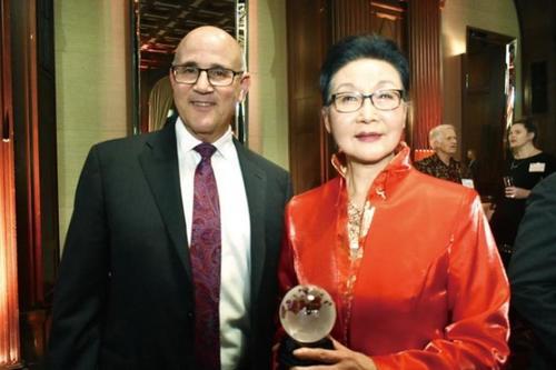 方李邦琴:中国是生母美国是养母 愿两国人民友谊长存