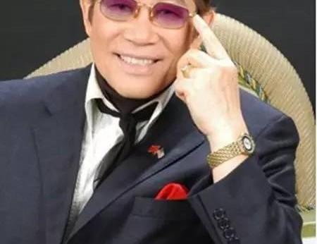 他是台山人,美国首位华人市长,曾上央视春晚唱过《龙的传人》!