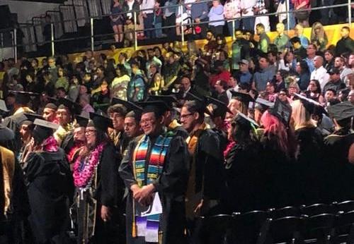 美国高校毕业季 中国留学毕业生不焦虑淡定看去留