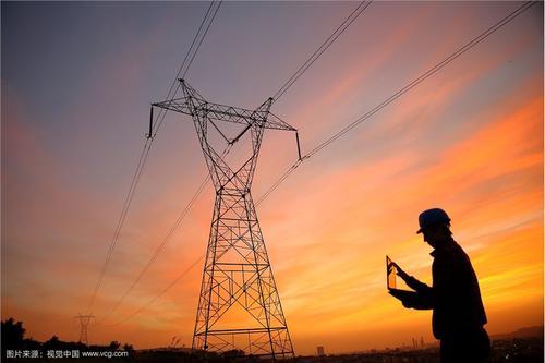 我市全力推进电网工程建设