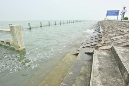 水利部:最近一天全国30条河流发生超警以上洪水